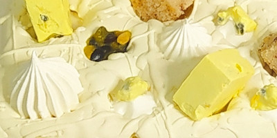 עוגות ומארזים לשבועות מדהימים וטעימים שיפתיעו גם את אוהבי השוקולד. עוגות גבינה מיוחדות, נמסות בפה ומפנקות בכל ביס. כל האופות מכל הארץ באתר אחד, כולל משלוחים עד הבית