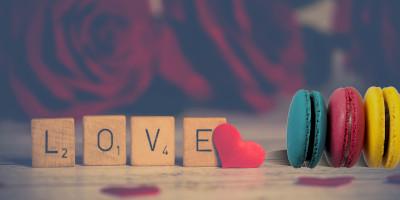 ההפתעה המושלמת ליום האהבה העברי, או וולנטיין, עוגות ומארזים מתוקים ליום האהבה. עוגות מתוקות ומיוחדות, נמסות בפה ומפנקות בכל ביס. מארזים מפנקים במיוחד ליום האהבה. כל האופות מכל הארץ באתר אחד, כולל משלוחים מדן ועד אילת