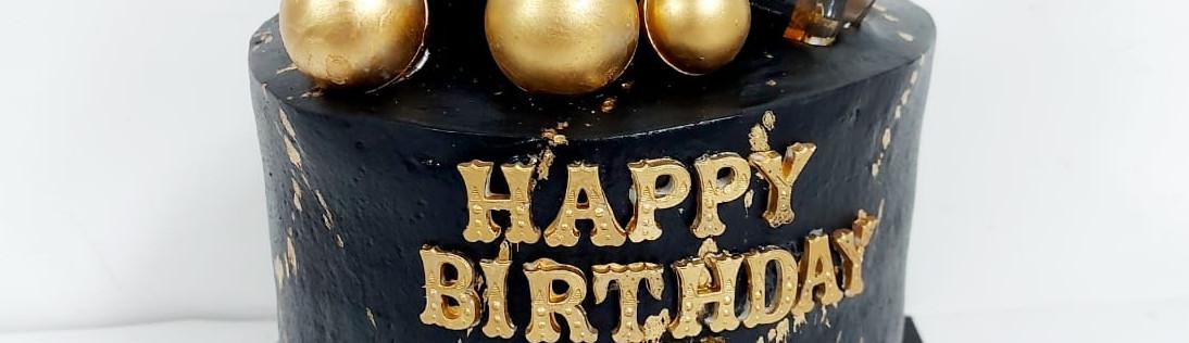 איך בוחרים עוגת יום הולדת מעוצבת למבוגרים